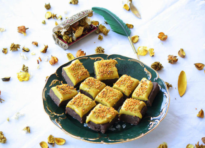 Raw Dessert Collection: Golden Brownie