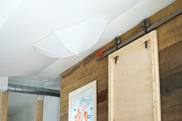 interiordesign_yellowmood_livingroom_woodenwall_DIY_renovation 3