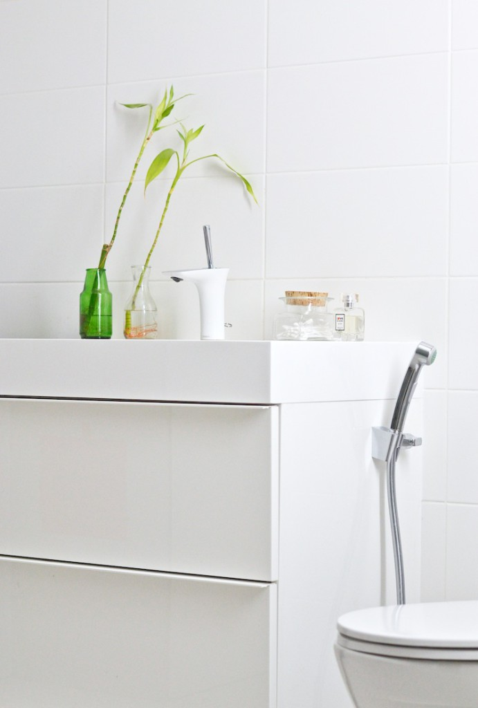 kylpyhuonebathroom_interior_yellowmood_whitebathroom_modernbathroom178
